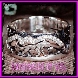 🆕 Loyal Wolf Mountain Lover Sterling Silver Ring